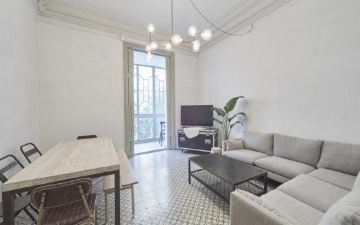 Precioso piso en Eixample Dret