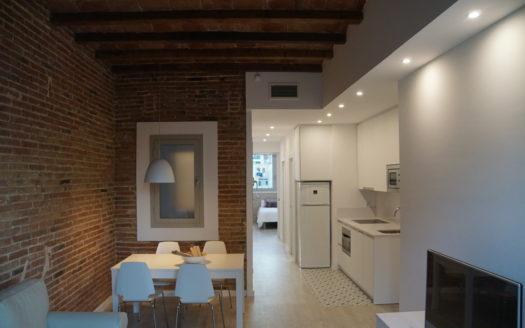 Bonito apartamento Clot